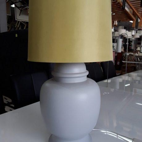 (9) (CK09009) Ceramic Table Lamp.60cm High. 25.00 euros.