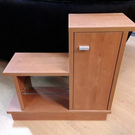 (25) (CK04025) Display Cabinet.72cm High,75cm Long,25cm Deep.25.00 euros.