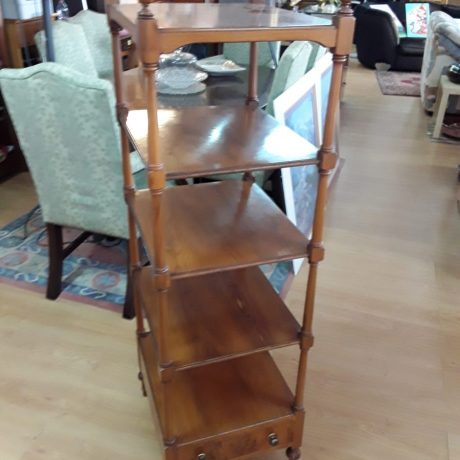 (3) (CK10003) Dark Wood Display Stand.40cm Wide,136cm High,40cm Deep.55.00 euros.