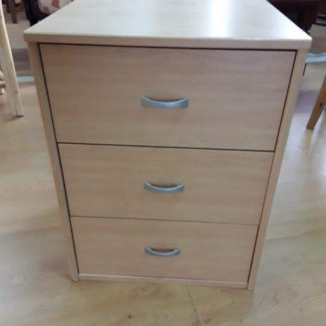 (12) (CK10012) Set Of Drawers.45cm Wide,45cm Deep,60cm High.20.00 euros.