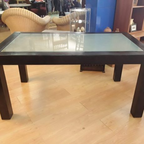 (3) (CK23003) Metal Framed Glass Top Patio Table.90cm Wide,160cm Long,78cm High.125.00 euros.