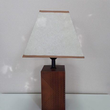 (10) (CK09010) Wooden Base Table Lamp,38cm High.5.00 euros