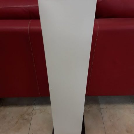 CK09008 Floor Lamp.102cm High.25.00 euros.